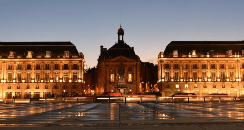Miroir-d'eau-Bordeaux