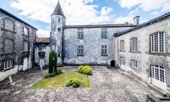 Château-royal-de-Cognac
